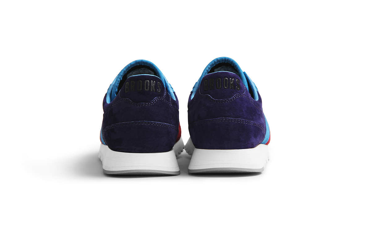 Concepts-Brooks-Chariot-Merlot-5