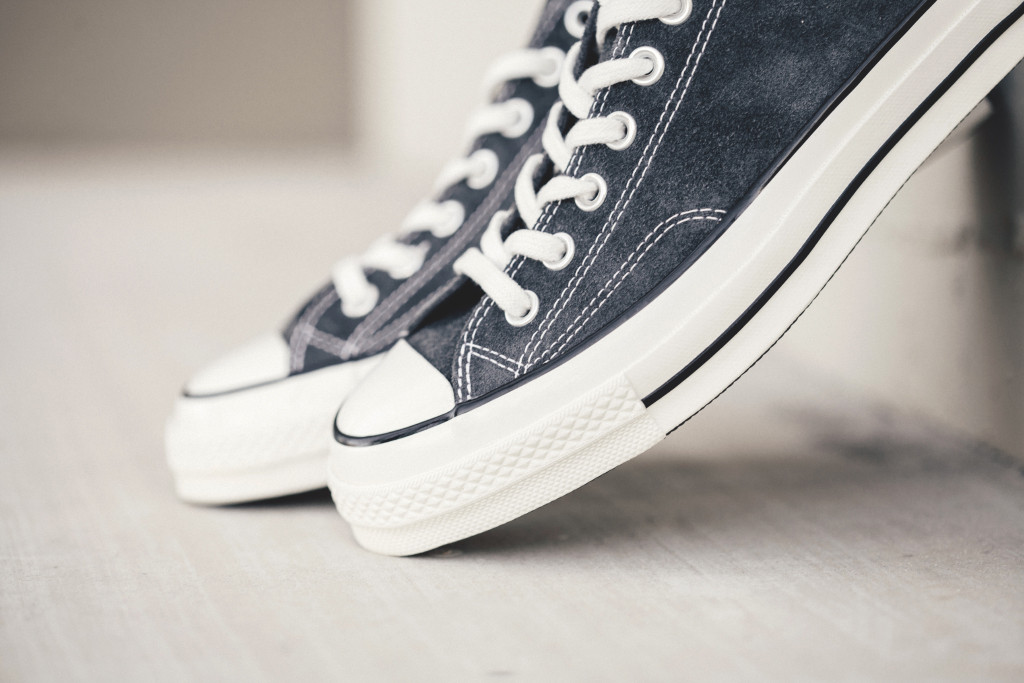 Converse-70-Ox-Charcoal-Black-Feature-Lv-2_1024x1024