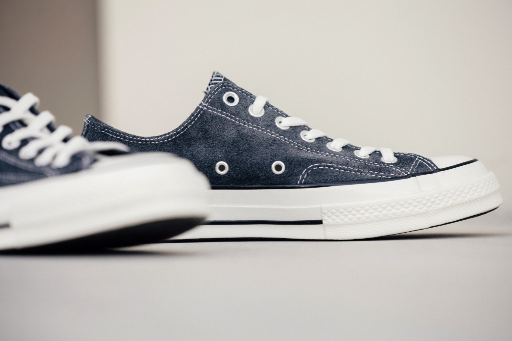 Converse-70-Ox-Charcoal-Black-Feature-Lv-3_1024x1024
