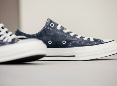 Converse-70-Ox-Charcoal-Black-Feature-Lv-3_THUMB