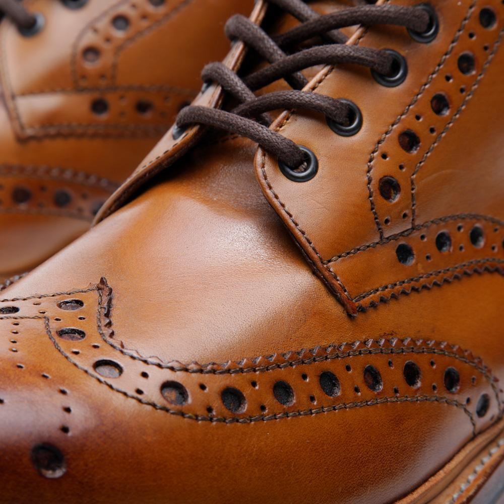 Grenson-Fred-derby-brogue-marron-detalle