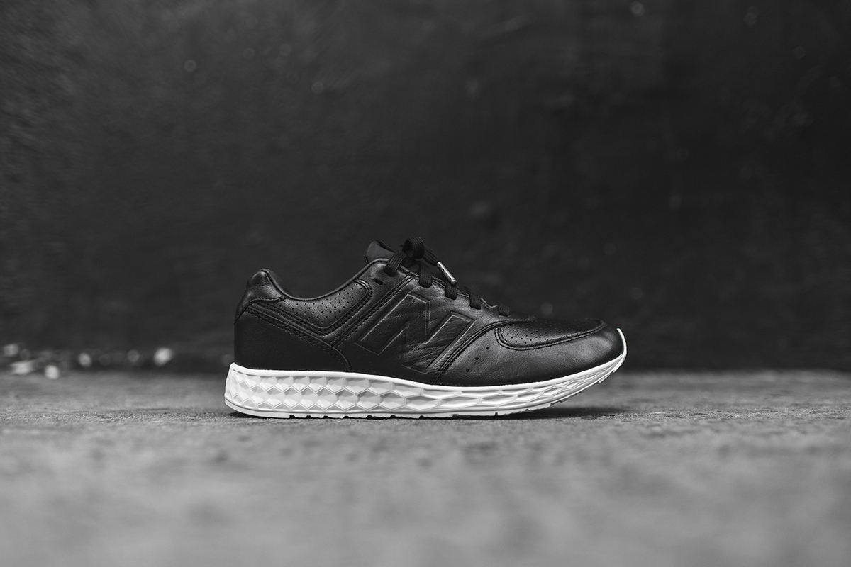 NB-574-Freshfoam-black-1