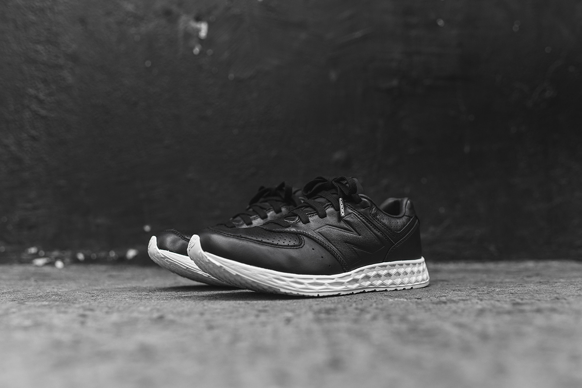 NB-574-Freshfoam-black-2