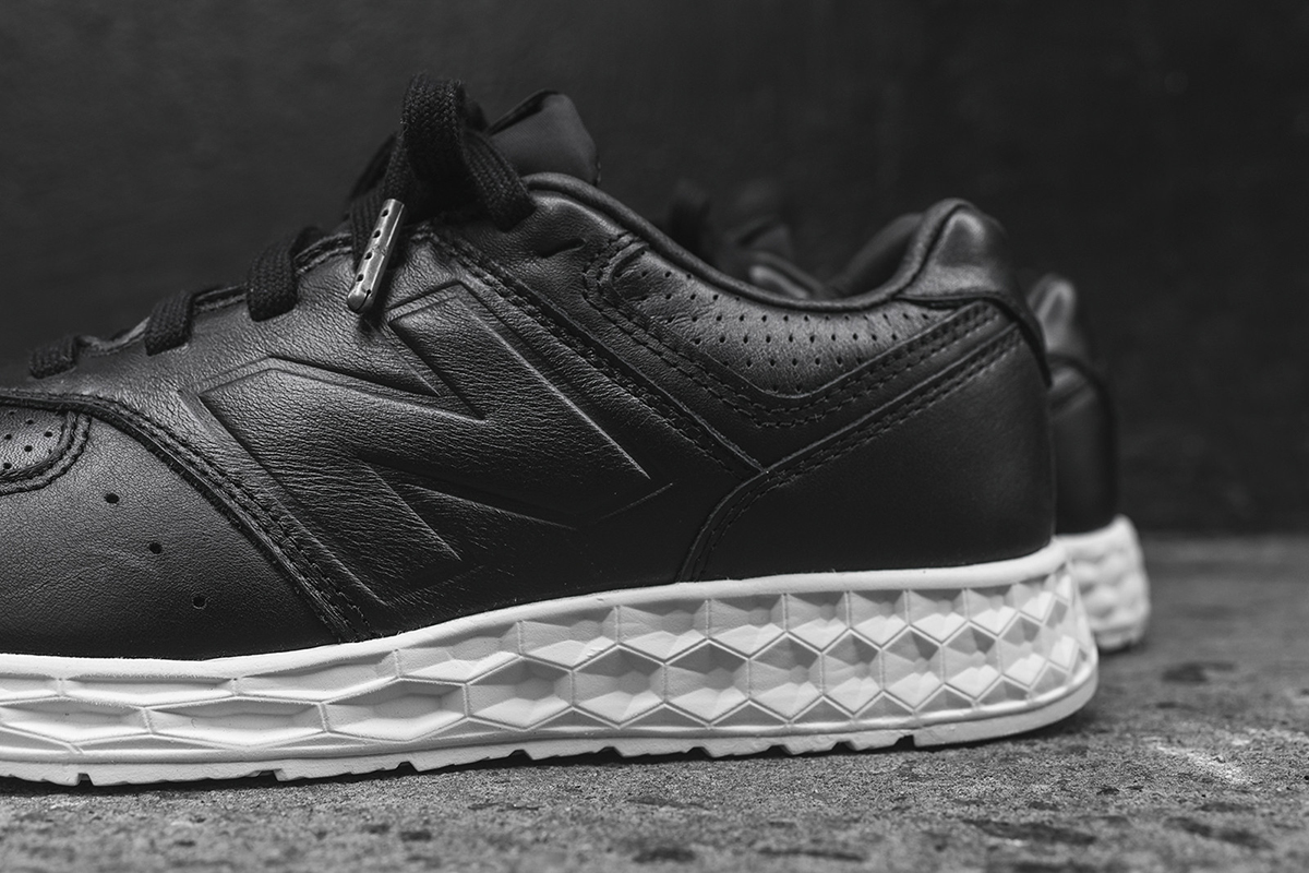 NB-574-Freshfoam-black-3
