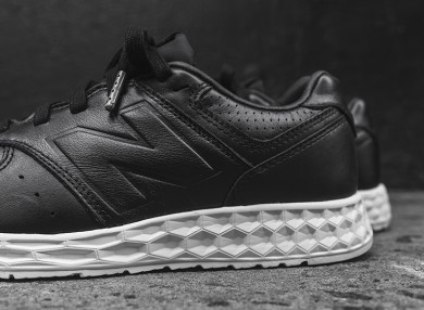 NB-574-Freshfoam-black-thumb