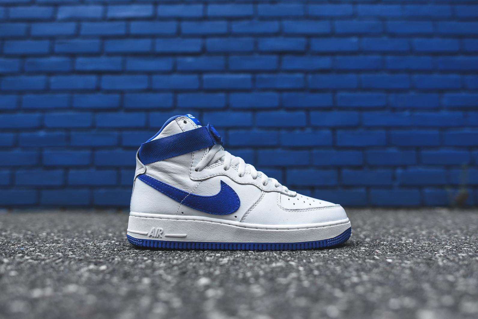 Nike-Air-Force-1-Royal-Blue-1