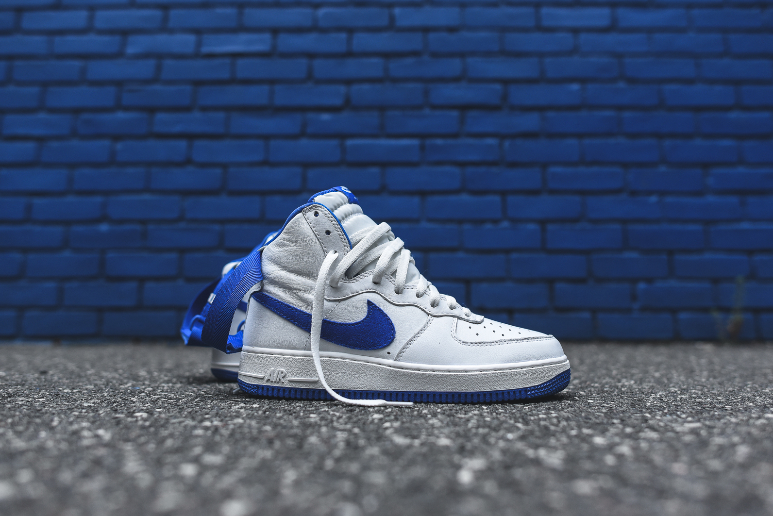 Nike-Air-Force-1-Royal-Blue-2