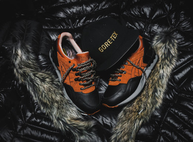 Packer-Asics-GL-V-Goretex-thumb