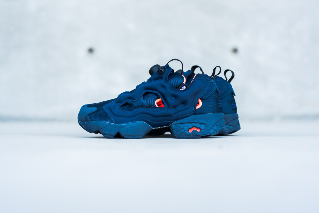 Reebok-Insta-Pump-Navy-Thinsulate-1