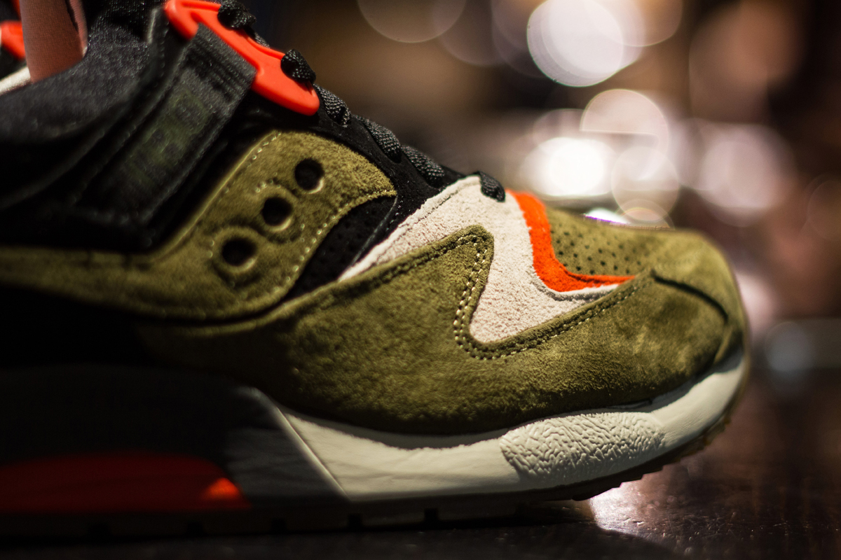 Ubiq-Saucony-Grid-9000-Dirty-Martini-4