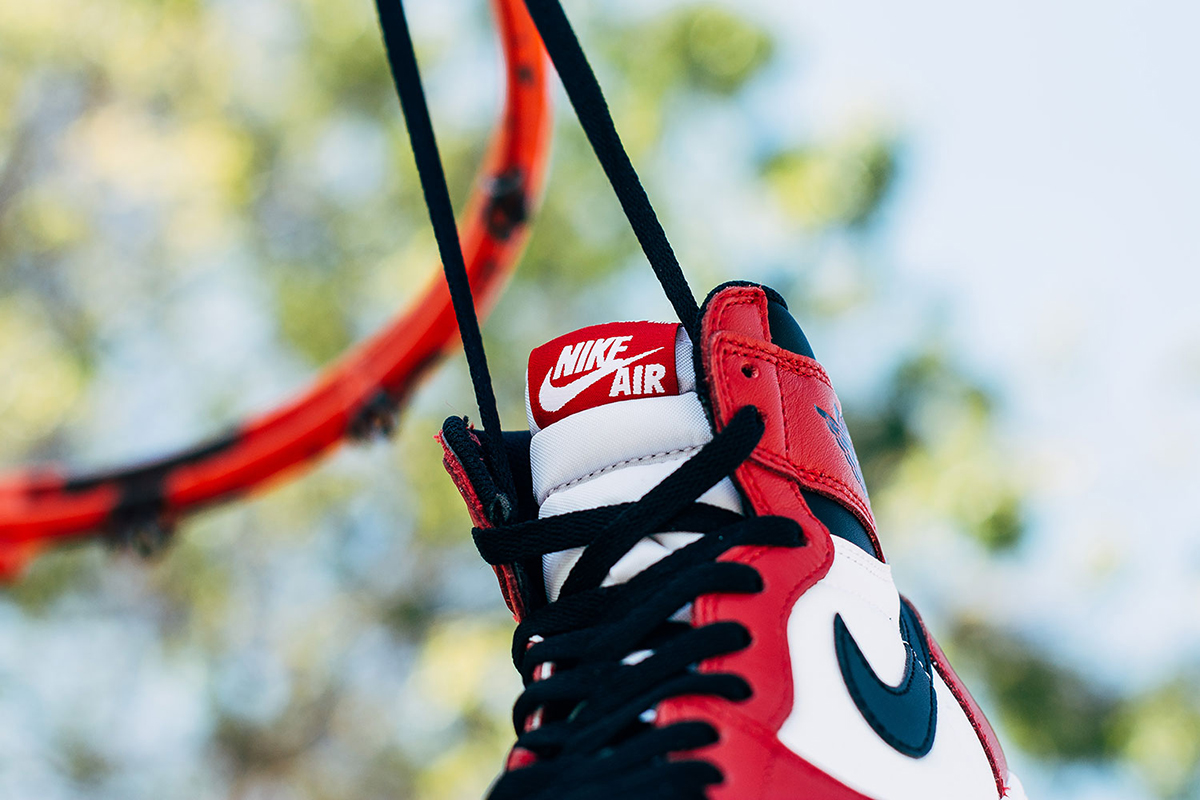 air-jordan-1-retro-high-chicago-02