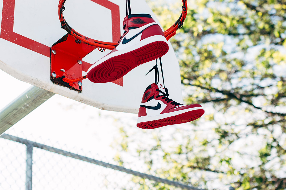 air-jordan-1-retro-high-chicago-04-2